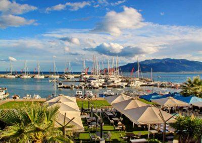 port_catamaran
